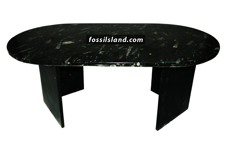 Table Ovale En Marbre Naturel Noir Fossilif Re Valoris Par Des Fossiles